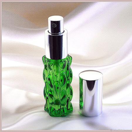 """Духи для женщин """"Зелёная гадюка"""" ручной работы на заказ"""