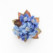 Брошь синяя круглая с цветами из фоамирана