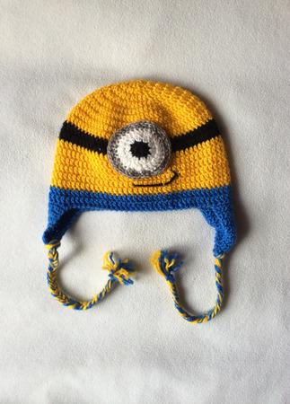 Детская шапка-миньон для  мальчика ручной работы на заказ