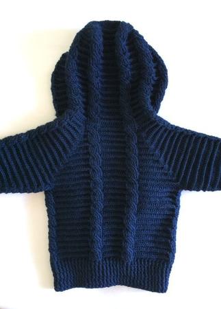 Детская кофта с капюшоном ручной работы на заказ