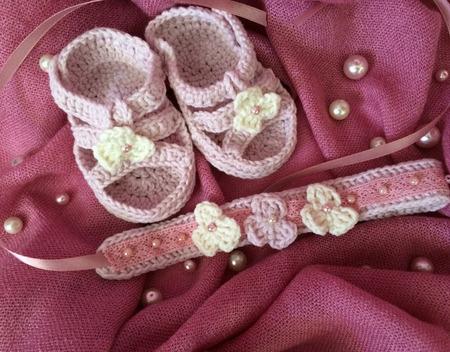 Пинетки и повязка на голову для малышки ручной работы на заказ