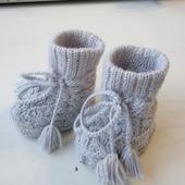 Варежки, пинетки, носочки