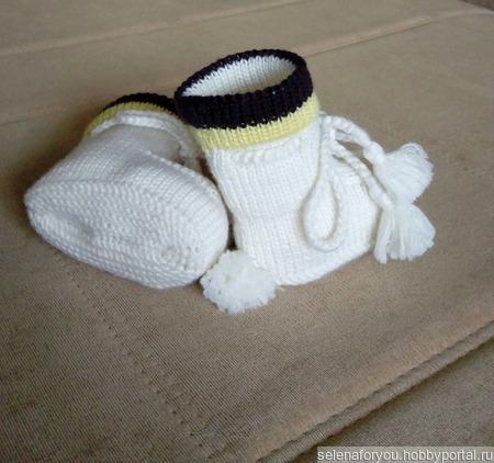 Варежки, пинетки, носочки ручной работы на заказ