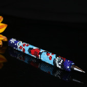 """Ручка с бисерным чехлом """"Снегири"""""""