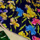 """Плательная ткань супер-софт """"Цветок ирис"""""""