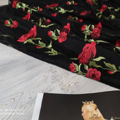 Кружевная сетка в красно/черных тонах Розы 3D черного цвета
