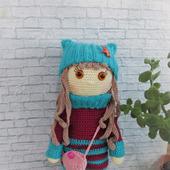Вязаная кукла София с одеждой