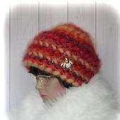 Вязаная женская зимняя шапка из кид-мохера на основе шёлка