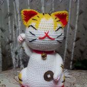 Котик (Манеки Неко) - для привлечения денег и удачи