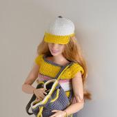 Спортивный костюм и сумочка для Барби