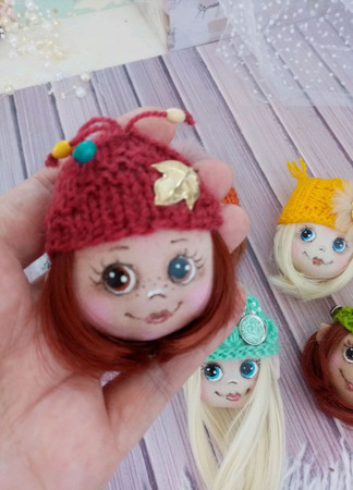 Кукла брошка ручной работы на заказ
