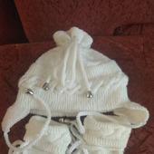 Комплект для малыша - шапка и пинетки