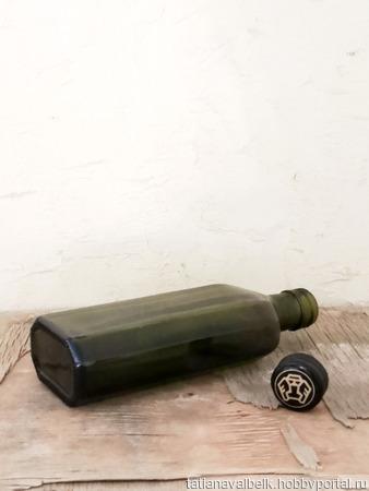 Бутылка маленькая граненная оливковое стекло с крышкой ручной работы на заказ