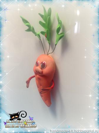 Магнит на холодильник Морковка ручной работы на заказ