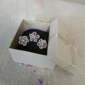 Набор из шпилек в подарочной упаковке