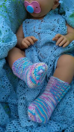 Детские шерстяные носочки вязаные спицами ручной работы на заказ