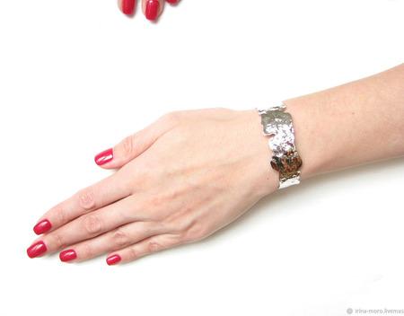 """Широкий серебряный браслет """"Иллюзия"""" ручной работы на заказ"""