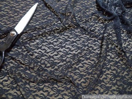 Гипюр-стрейч черного цвета ручной работы на заказ