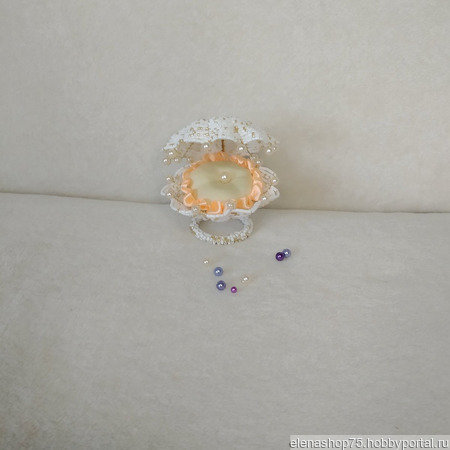 Ракушка из бисера и бусин для кольца ручной работы на заказ