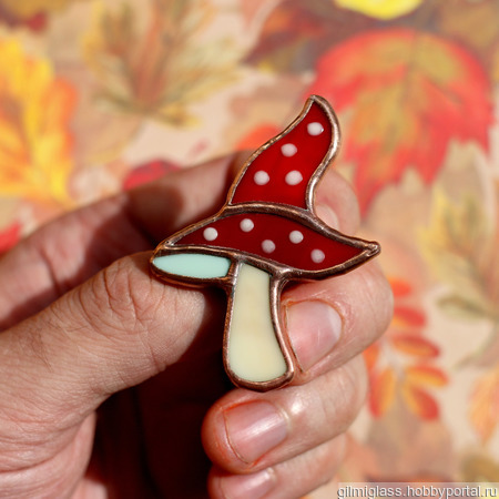 """Брошь """"Волшебный гриб"""" ручной работы на заказ"""