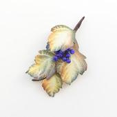 Брошь осенние листья и синие ягоды, бежевый хаки