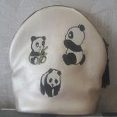 """Рюкзак кожаный с вышивкой """"Панды"""""""