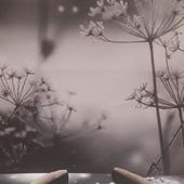 Ободок бежевый бархатный расшитый бисером, пайетками, бусинами