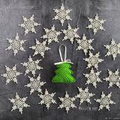 Набор снежинок с ёлочкой