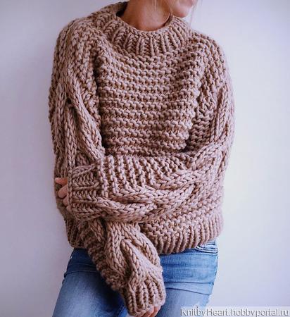 Модный вязаный свитер крупной вязки в Москве ручной работы на заказ