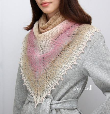 Ажурная вязаная шаль из шерсти ручной работы на заказ