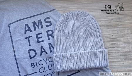 Теплая вязаная шапочка с удлиненной макушкой ручной работы на заказ
