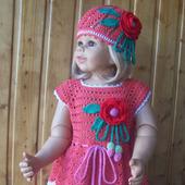 Комплект для девочки. Платье, панамка.