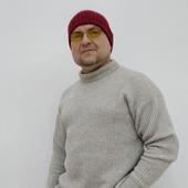 фото: свитер вязаный