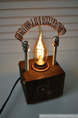 """Настольная лампа Куб в стиле Лофт/Стимпанк """"Антенна"""" ручной работы на заказ"""