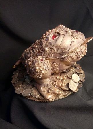 Денежная жаба ручной работы на заказ