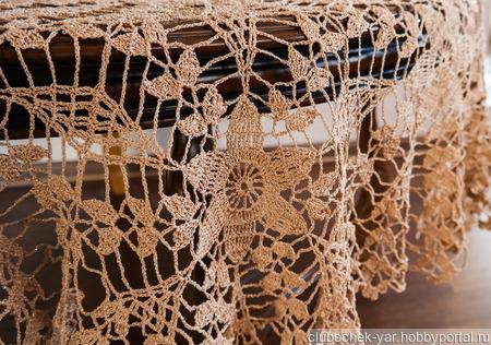Скатерть золотисто-бежевая ручной работы на заказ