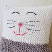 Мастер-класс по вязанию кошки-подушки