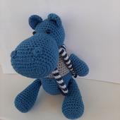 Бегемотик Гоша с шарфиком