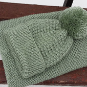 Вязаный комплект шапка+снуд