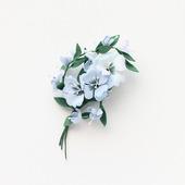Брошь с голубыми цветами, букетик светлых цветов из фоамирана