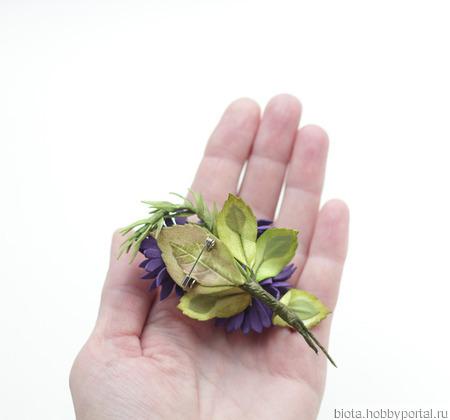 Брошь с цветами мини букетик фиолетовый желтый из фоамирана ручной работы на заказ