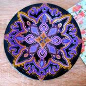 Тарелка декоративная, точечная роспись