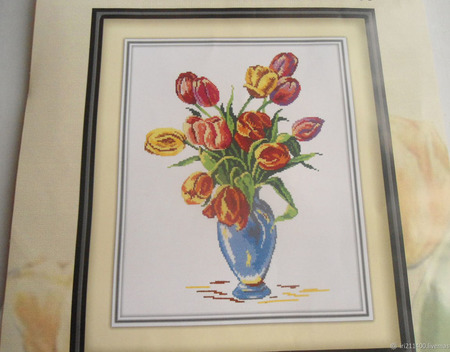 """Схемы для вышивки """"Тюльпаны"""" ручной работы на заказ"""
