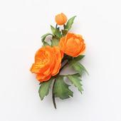 """Брошь яркая с оранжевыми цветами """"Купальница"""""""