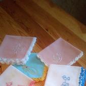 Платочки детские с вышивкой