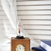 Настольная лампа Куб с часами в стиле Лофт