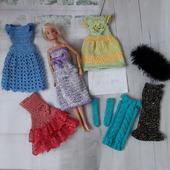 Вязаное платье для кукол Барби