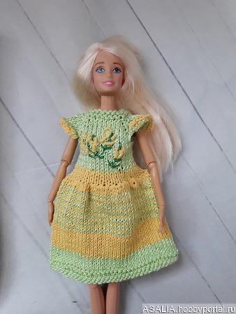 Вязаное платье для кукол Барби ручной работы на заказ