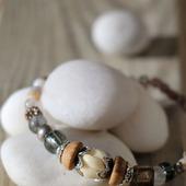 Браслет из бусин серебристо-серый «Mist»