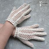 Ажурные перчатки в стиле ретро.